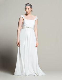 Navabi Launches Their Plus Size Bridal Boutique via TheCurvyFashionista.com #TCFStyle
