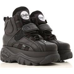 Sneakers Fashion, Fashion Shoes, Buffalo Shoes, Estilo Dark, Shoe Boots, Shoes Heels, Streetwear Shoes, Nike Shoes Air Force, White Nike Shoes