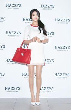 AOA Seolhyun fashion at Hazzys Accessories Fansign Pantyhose Outfits, Pantyhose Legs, Seolhyun, Kpop Girl Groups, Kpop Girls, Korean Beauty, Asian Beauty, Kim Seol Hyun, Korean Artist