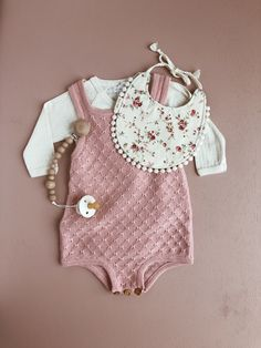 Knit romper dusty pink wooden bead clip bibs pacifier floral bib from billy bibs. Bodysuit from Jamie Kay. Knit romper dusty pink wooden bead clip bibs pacifier floral bib from billy bibs. Bodysuit from Jamie Kay. My Baby Girl, Baby Love, Baby Girls, Baby Outfits, Kids Outfits, Chic Outfits, Baby Girl Fashion, Kids Fashion, Billy Bibs