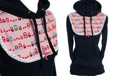 ♥♥♥ Absurd Sweater - DOLL PARADE ♥♥♥    Süsser Longsweater mit Kängeruhtaschen, genäht aus dunkelblauem Sweatstoff.  Toller lieblicher Matroschka S...