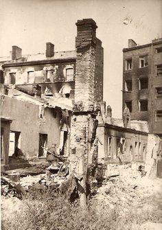 Zburzone fragmenty Warszawy.
