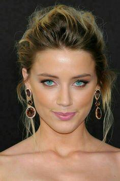 Amber Heard Yummy Panties and Yummy Eyes Beautiful Celebrities, Beautiful Actresses, Amber Heard Hot, Amber Head, Beauty Full Girl, Gorgeous Eyes, Woman Face, Marie, Hair Beauty