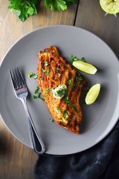 Grilled blackened catfish with cilantro-lime butter is a mildly spicy and limey dish that's brought together with fresh cilantro, butter, and garlic. Seafood Recipes, Dinner Recipes, Cooking Recipes, Cilantro Lime Butter Recipe, Grilled Catfish Recipes, Blackened Catfish, Baked Fish, Kids Meals, Main Dishes