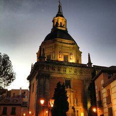 Anochecer en la Plaza de San Andrés, La Latina