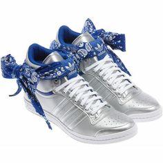 buy online 67ff6 3bbe0 Femmes Chaussures Top Ten Hi Sleek à nœud papillon bandana, Metallic Silver    Collegiate Royal   Metallic Silver, zoom