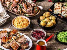 Faste julepriser Norwegian Christmas, Scandinavian Christmas, Christmas Inspiration, Kung Pao Chicken, Norway, Dinner, Ethnic Recipes, God, Country