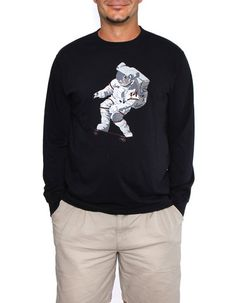 Official Chris Hadfield Skateboarding Astronaut Men's L.S. T-Shirt (Midnight)