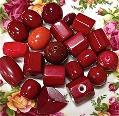 Vintage red bead mix   mixed lot  drw425  jewelry by pinksupply, $5.85