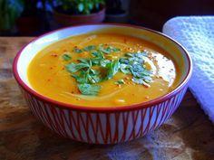 Soupe Thaï Potimarron-Lentilles Corail - patate douce super facile sur www.rockmycasbah.com