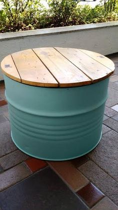 Mesa baixa de Tonel / Tambor Barrel Furniture, Metal Furniture, Furniture Projects, Diy Furniture, Oil Barrel, Metal Barrel, Drum Craft, Barris, Barrel Projects