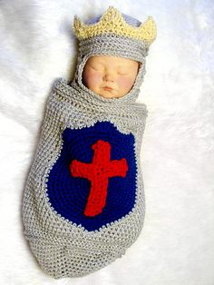 just in case a baby boy ever comes my way Newborn Knight- I MUST crochet this for someone!!!