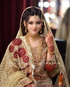 Pakistani Bridal Jewelry, Bridal Mehndi Dresses, Pakistani Wedding Outfits, Indian Bridal Makeup, Indian Bridal Outfits, Bridal Dress Design, Pakistani Wedding Dresses, Pakistani Bride Hairstyle, Pakistani Bridal Makeup Hairstyles