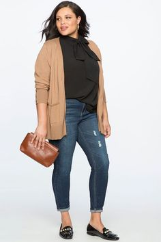 View our Classic Fit Peach Lift Distressed Skinny Jean and shop our selection of designer women's plus size Pants, clothing and fashionable accessories. Look Plus Size, Plus Size Pants, Women's Plus Size Style, Plus Size Hair, Plus Size Casual, Work Fashion, Curvy Fashion, Fashion Outfits, Fashion 2018