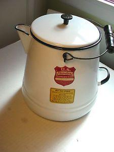 Vintage-US-Standard-5-Qt-Enamelware-Coffee-Pot-Black-White-Graniteware-w-Labels