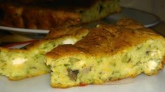 Tarta cu dovlecei si ciuperci | Retetele Tale Quiche, Zucchini, Food And Drink, Cooking Recipes, Breakfast, Gluten, Kitchens, Morning Coffee, Chef Recipes