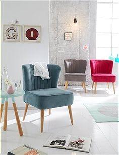 Schöner, kleiner Sessel zum verlieben. Der Bezug des Sessels ist aus 100% Baumwolle, in drei unterschiedlichen Farben erhältlich.