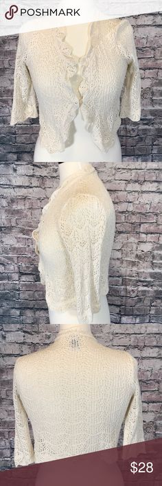 Gap sweater / Wrap Lace Size XS Exquisite lace sweater. I5 GAP Sweaters