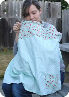Clover and Violet: Not Your Average Nursing Cover (tutorial) making this one for my bff! Baby Sewing Projects, Sewing For Kids, Sewing Tutorials, Sewing Ideas, Nursing Cover Pattern, Nursing Covers, Nursing Apron, Breastfeeding Cover, Hooter Hider