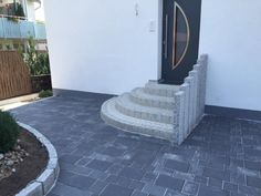 Cement Steps, Small House Exteriors, Kitchen Lamps, Entrance Ways, Backyard, Patio, Entry Doors, Exterior Design, Indoor Plants