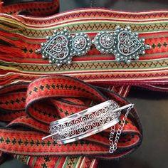 Kingdom Of Denmark, Folk Clothing, Princess Aesthetic, Going Out Of Business, Norway, Folk Art, Elsa, Jewlery, Hardanger