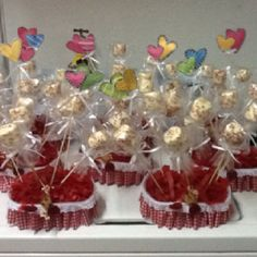 Marsmalllows center pieces with white chocolate