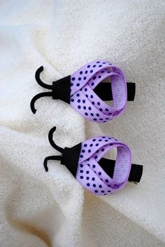 This listing is for a pair of 2 ladybug hair clips. These ladybug hair clips are light purple/lavender with darker purple polka dots. Ribbon Crafts, Ribbon Bows, Diy Crafts, Hair Ribbons, Ribbon Barrettes, Ribbon Art, Purple Ladybugs, Diy Hair Bows, Handmade Hair Bows