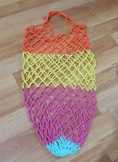 Örgü Pazar Filesi Yapımı - Jumbled Tutorial and Ideas Macrame Patterns, Easy Crochet Patterns, Net Making, Teapot Cover, Net Bag, Yarn Shop, Filets, Knitted Bags, Filet Crochet