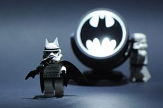 Empire Dark Knight Rises (With a Lego board, a Batman board, and a Star Wars board, I had trouble finding a place to pin this. (geek world problems) Lego Stormtrooper, Lego Batman, Batman Art, Batman Robin, Lego Marvel, Lego Star Wars, Star Wars Art, Star Trek, Funny Lego Pictures