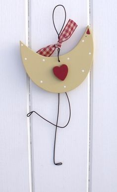 love bird cute shabby chic country prim style kitchen or home decoration to make from wood and wire for your loved one on valentines day get crafty and show your love