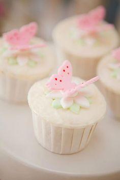 #butterfly #cupcakes Birthday Party Ideas - Blog - GARDEN FAIRYPARTY
