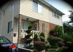 Daily Sold Home is brought to you by Jeannine Maniscalco. She sold this beautiful one family semi-attached home in Eltingville. 45 Bartlett Ave was sold for $415,000. www.realestatesiny.com #RealEstateSINY #StatenIsland #NewYork #RealEstate #DailySoldHome #Eltingville