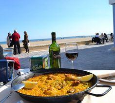 Paella Valenciana en... Valencia, playa Malvarosa