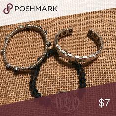 ✔️Unbranded Fashion Bracelet Bundle (3 Bracelets) ✔️Fashion Bracelet Bundle (3 Bracelets) - Unbranded ✔️PREOWNED BRACELETS Unbranded  Jewelry Bracelets