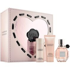 Viktor & Rolf Flowerbomb Gift Set ($120) ❤ liked on Polyvore featuring beauty products, gift sets & kits and eau de perfume