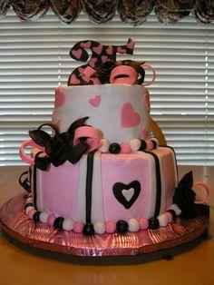 Love it 25th Birthday Cakes, 25 Birthday, Birthday Ideas, Birthday Gifts For Women, Party Time, Birthdays, Desserts, Party Ideas, Food