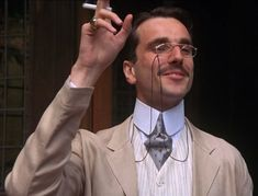 Daniel Day Lewis as Cecil Vyse. Oh my. The best geek ever.