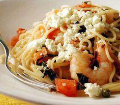 Μακαρόνια. Συνταγή για μία μεσογειακή και νόστιμη μακαρονάδα. Μακαρόνια με γαρίδες, ντομάτα και φέτα. Νοστιμότατη...