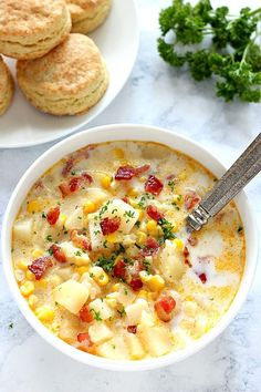 Instant Pot Corn Chowder with Bacon Recipe - delicious soup made in a pressure cooker. This rich and creamy chowder is packed with fresh corn, potatoes and crispy bacon.