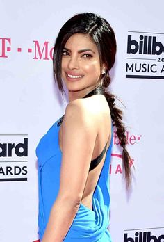 Pin for Later: Zoom In on Every Electric Beauty Look From the Billboard Music Awards Priyanka Chopra Priyanka showed off a textured, messy braid when she turned her head. Curly Braided Hairstyles, Basic Hairstyles, Very Easy Hairstyles, Trending Hairstyles, Loose French Braids, French Braid Ponytail, Loose Braids, Sleek Ponytail, Curly Crochet Braids