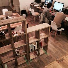 その他で、1K、その他の部屋全体についてのインテリア実例を紹介。「RoomClip運営チームです。1月にチームのオフィスを移転しました。ちょっとずつDIYをしながらオフィス作りをしています。今後公式アカウントでオフィスの様子を少しずつアップしていきまーす。」(この写真は 2014-01-22 14:35:39 に共有されました)