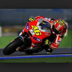 Valencia 2011! Vale on the Desmosedici going through turn 13! #FORZAVALE