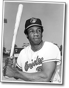 """""""Close don't count in baseball. Close only counts in horseshoes and grenades.""""  — Frank Robinson"""