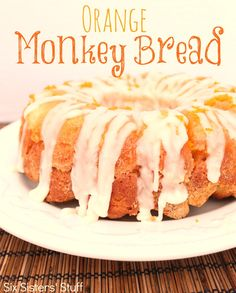 Orange Monkey Bread from SixSistersStuff.com.  So easy and delicious! #recipes #bread #orange