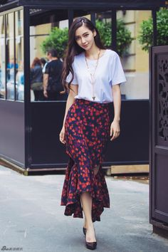 Angelababy releases new fashion shoots Asian Woman, Asian Girl, Girl Fashion, Fashion Outfits, Womens Fashion, Angelababy, New Fashion Trends, Beauty Women, Asian Beauty