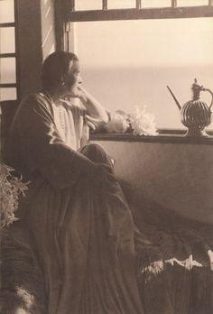 Queen Marie of Romania Gallery / Queen Marie at Balcic Photograph