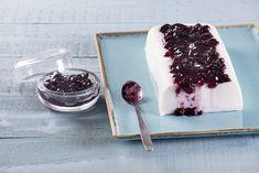Εύκολο και γρήγορο γλυκό με μόνο 151 θερμίδες! Tiramisu, Panna Cotta, Ethnic Recipes, Sweet, Food, Cakes, Candy, Dulce De Leche, Cake Makers
