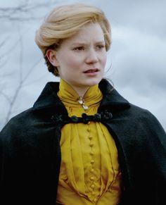 Would that I had wings - waitingformrrochester:   Mia Wasikowska in Crimson...