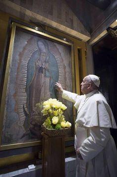 Papa Francisco con la Virgen de Guadalupe