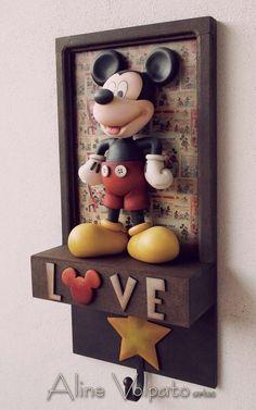 Mickey Mouse House, Mickey Mouse Kitchen, Disney Kitchen, Mickey Mouse And Friends, Mickey Minnie Mouse, Disney Home Decor, Disney Diy, Disney Crafts, Miraculous Ladybug
